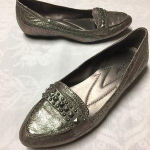 Shoes - Silver Bare Traps Flats