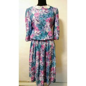 Vintage 80's floral print retro dress
