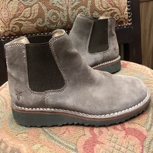 Frye Suede Pitstop Chelsea gray booties 6.5