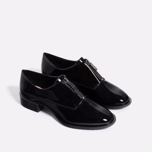 black leather ZIPPED BLUCHERS  shiny finish oxford