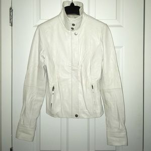 Armani Exchange white pebbled soft leather jacket!