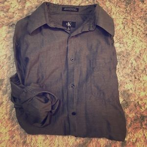 Men's Calvin Klein Size M Dress Shirt