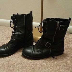 Black moto boots 7.5