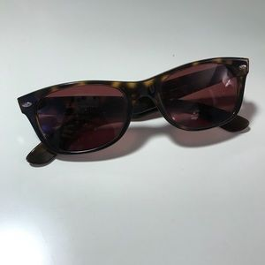 Ray Ban New Wayfarer Classic Sunglasses