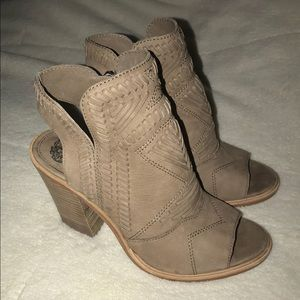 VINCE CAMUTO KARTINA OPEN TOE BOOTIE