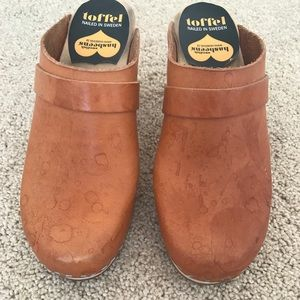 Clogs, swedish leather hasbeens