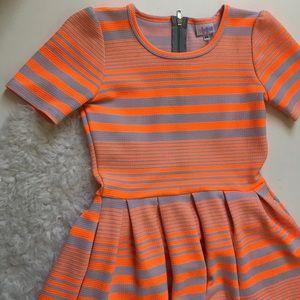 Neon/ white stripe HTF LULAROE Amelia!