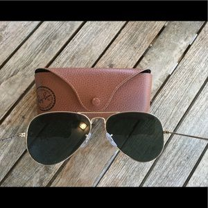 Ray-Ban Large Aviator sunglasses . Green and gold