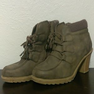 Mudd ladies ankle boots