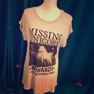 GINGER G Ivory 'Missing Unicorn' Newsprint Tee L
