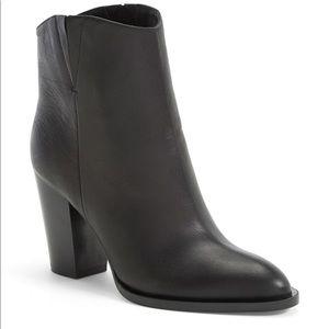 Vince Erving boot size 8