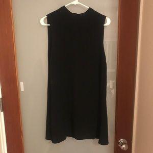 Forever 21 Sleeveless Black Shift Dress