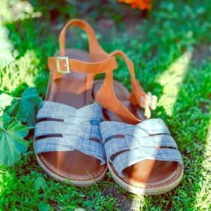 [TOMS] Zoe Chambray Brown Suede Sandals