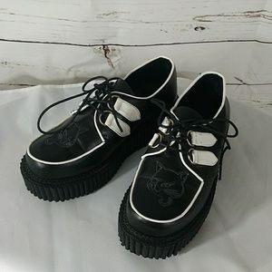 Demonia Creeper loafers