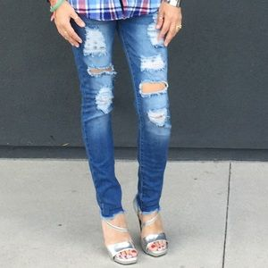 Denim - Distressed skinny denim stretchy jeans
