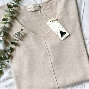 NWT Super Soft V Neck Sweater Dreamers By Debut