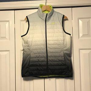 Nike women's reversible golf vest