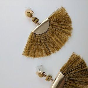 Avery Fan Tassel Earrings
