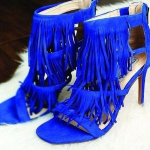 NEVER WORN blue heels