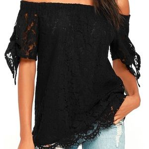 NWOT Lulus of the shoulder lace top