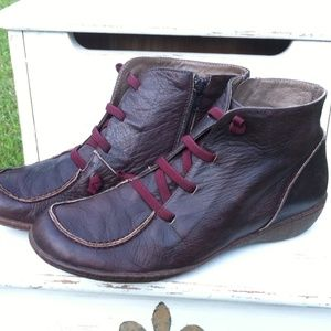 Wonders Ankle Boots Size 9