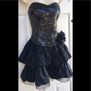 Betsey Johnson Black Sequin Ruffled Party Dress 6