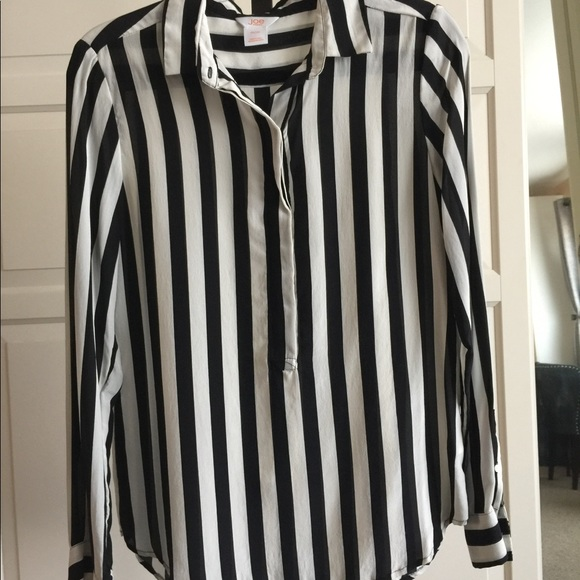 fe47860efd988 Joe Fresh Tops - Joe Fresh for JCPenney Black   White Silk Shirt!