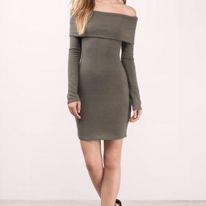 Tobi Long Sleeve OffTheShoulder Dress-Size M-Olive