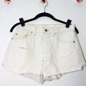 Off-White Levi's Cutoff Shorts