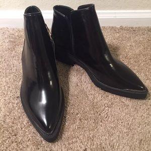 Zara black ankle booties 7.5