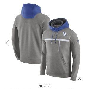 NWOT Mens Kentucky Wildcats hoodie