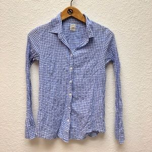 The Perfect Shirt in blue seersuckered gingham