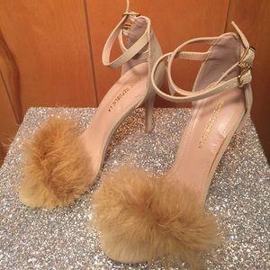 NWT shoe republic LA straps sandals with feathers