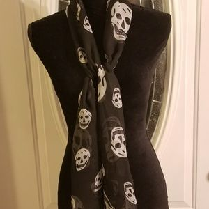 Scull Scarf