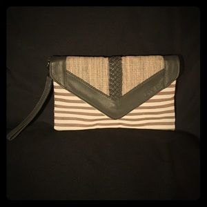 Dakine Canvas Clutch/Wristlet