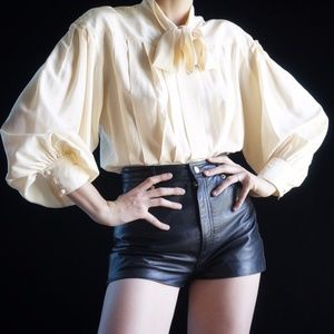 VTG cream pleated silk blouse with pussy bow