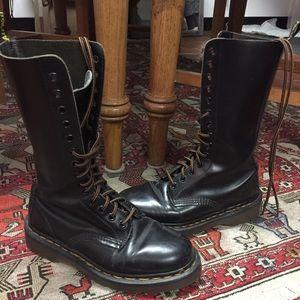 Rare Dr. Martens 1490 leather