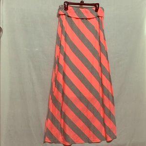 Dresses & Skirts - Medium maxi skirt
