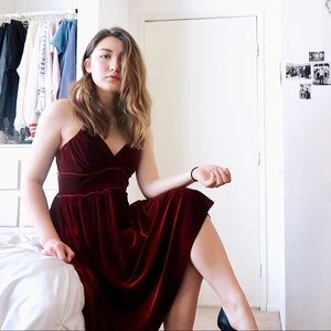 Vintage Burgundy Velvet Strapless Midi Dress