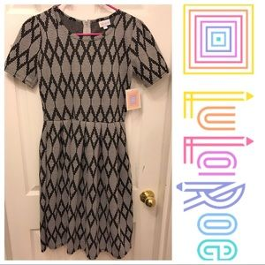 LulaRoe Amelia Dress Size Small NWT