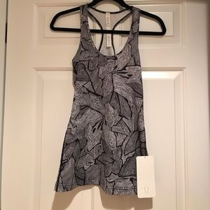 NWT Lululemon Cool Racerback Tank Top- size 4