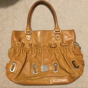 BOTKIER leather tote! Great compartments!