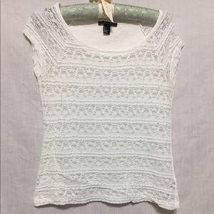 Medium white lace T-shirt