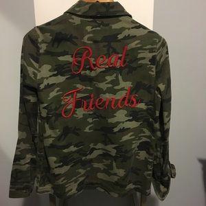 Camo print denim shirt jacket