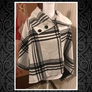 Rue 21 black and Ivory Plaid Poncho