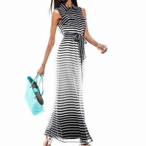 Vince Camuto*NWOT*Chiffon Striped Maxi Dress