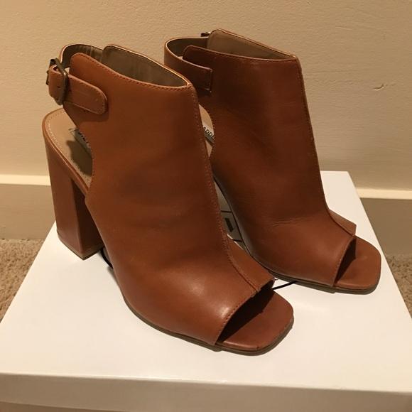 Steve Madden Brown Leather Peeptoe