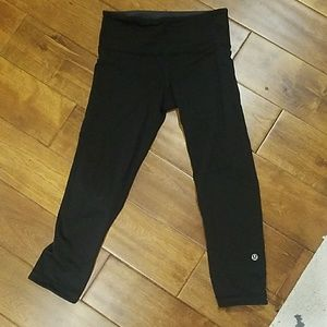 Lululemon Cropped Reversible Leggings