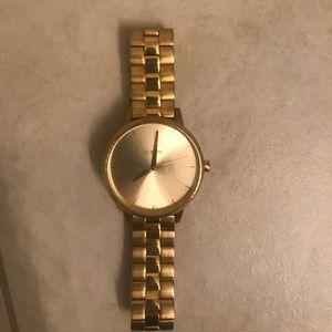 Nixon the Kensington gold watch