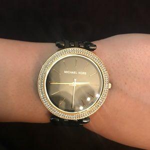 Michael Kors Round Face Watch- Black/Gold